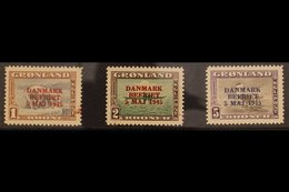 "1945  1kr, 2kr, And 5kr Pictorials Overprinted ""DANMARK BEFRIET 5 MAJ 1945"", SG 23/25 Or Michel 23/25, Never Hinged Min - Groenland"
