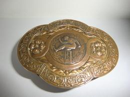 Boite à Bijoux En Bronze Doré Capitonnée Violet Souvenir Jeux Olympiques JO (1924 ?) - Koffer