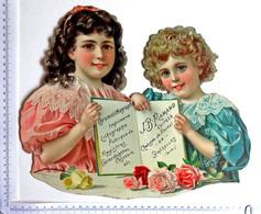 TRÈS GRANDE CHROMO CARTONNÉE  28 / 34 Cm.....2 ENFANTS AVEC UN ALBUM...CHROMOLITHOGRAPHIE....BRUXELLES - Enfants