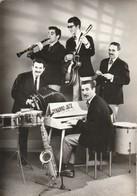 Musiques : DYNAMIC - JAZZ : Formation Jeunes Et Sympathique ( C.p.s.m. Photo. Vérit. - Grand Format ) - Musique Et Musiciens