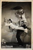 Photo Originale Les CASTELLIS Acrobates Internationaux Destinée à René ELBE Dessinateur - En Létat - Célébrités