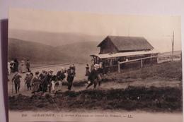 CPA Vosges 88 - L'arrivée D'un Train Au Sommet Du Hohneck. GERARDMER - Gerardmer