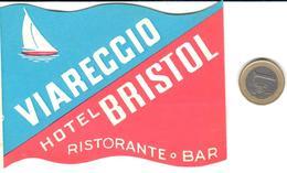 ETIQUETA DE HOTEL  - HOTEL BRISTOL  -VIAREGGIO  -ITALIA - Hotel Labels