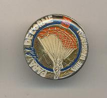 PARA CLUB DE L'ORNE - Parachutting