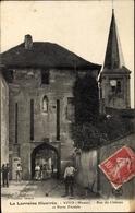 Cp Void Lothringen Meuse, Rue Du Chateau Et Porte Feodale - Frankrijk