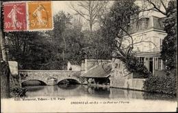 Cp Crosnes Essonne, Le Pont Sur L'Yerres - France