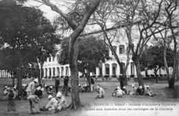 CPA Du Tonkin - Hanoï. Soldats D'Infanterie Coloniale Jouant Aux Dominos...Ed. Dieulefils, N° 174. TB état. - Viêt-Nam