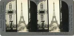 France ~ PARIS ~ Eiffel Tower Framed By Trocadero Palace Gate 29609 T447 19698 - Stereoscopic