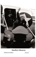 MARILYN MONROE - Film Star Pin Up - Swiftsure PHOTO  Postcard 2000 201/572 - Postales