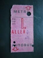 TICKET Collection De CARTE HEBDOMADAIRE De TRANSPORT ,  Aller  - METRO - AUTOBUS - Metro