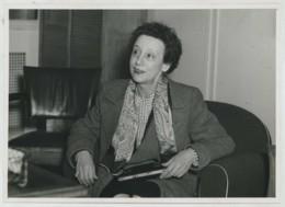 (Aviation) L'aviatrice Adrienne Bolland . 1950 . - Aviation