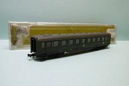 Roco - VOITURE VOYAGEURS 2ème Classe DB Réf. 2264 A BO N 1/160 - Wagons Voor Passagiers