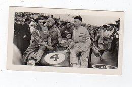 Avr19   84583   Photo 24 H Du Mans 1954  Les Vainqueurs   Pub Biscottes Dreux Le Mans - Le Mans