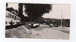 Avr19   84581     Photo 24 H Du Mans 1954 Voiture Hors De La Piste  Pub Biscottes Dreux Le Mans - Le Mans