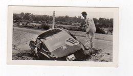 Avr19   84579     Photo 24 H Du Mans 1954 Voiture Hors De La Piste  Pub Biscottes Dreux Le Mans - Le Mans