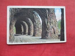 Mitchell's Point Tunnel  Along Columbia River   Highway   Oregon > Ref 3295 - Stati Uniti