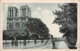Carte Postale PARIS (75) Cathédrale Notre-Dame 1163-1260 Flèche Tombée 15-04-2019-Religion-Eglise - Kirchen
