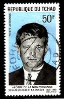 TCHAD Aer59° 50f Bleu Clair Et Noir Apôtres De La Non Violence Robert F Kennedy (10% De La Cote + 0,15) - Ciad (1960-...)