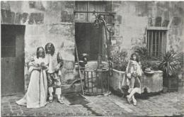 D75 - PARIS HISTORIQUE-L'ILE ST LOUIS AU 17e S. HÔTEL DE LE CHARRON 13,15 QUAI BOURBON-Plusieurs Personnes - Arrondissement: 04