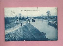 CPA - Noyon  -(Oise) - Vue Sur Le Canal  -( Péniche , Péniches ) - Noyon