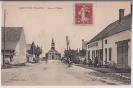 LABRUYERE (21) : RUE DE L'EGLISE - CAFE DE LA PLACE - EDITION KARRER DOLE - ECRITE EN 1930 - 2 SCANS - - Autres Communes