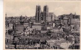 BRUXELLES. EGLISE SAINTE GUDULE ET PANORAMA. NELS - CPA CIRCA 1920s - BLEUP - Multi-vues, Vues Panoramiques