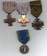 Croix De Guerre 14/18,croix Du Combattant Et Médaille Association ACPG CATM ET TOE DU NORD....BT11 - France