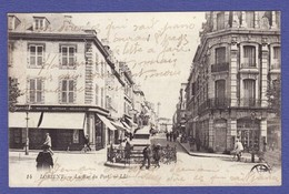 LORIENT Rue Du Port  Magasin Langree ; Reliure Et Article Religieux ( écriture Sur Cpa TTB état ) Mi1875) - Lorient