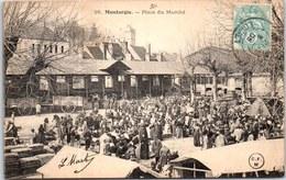 45 MONTARGIS - Place Du Marché (animation). - Montargis