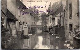 45 MONTARGIS - Vieille Rue Sur L'eau. - Montargis