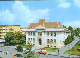 Romania - Postcard Used 1980 - Pitesti -  The Town-Hall - 2/scans - Roumanie