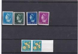 6 Timbres Non Dentelés,dont Paire Fleur  Nouvelle Zelande (pli Horizontal) - Timbres