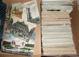 PARIS  75  Boite De + De 550 Cartes De Paris - Postcards