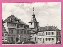 Moselle - CPSM - Welferding - Place Du Marché - France