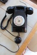 TELEPHONE MURAL 1966 EN BAKELITE - Téléphonie