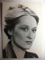 Carte Postale Meryl Streep -Actrice Americaine- Photo Universal City Studios Inc. ( Format 10X15 Cm Non Circulée ) - Artisti