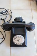 TELEPHONE 1955 EN BAKELITE(appareil  Mobile BCI) - Telephony