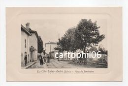 - CPA LA COTE-SAINT-ANDRÉ (38) - Place Du Séminaire (avec Personnages) - Edition M. Col. Libraire - - La Côte-Saint-André