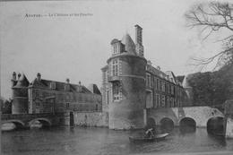 Avaray : Le Chateau Et Les Douves - France