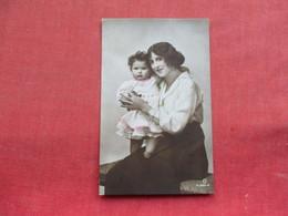 RPPC  Mother & Child  UK Stamp Ref 3297 - Fashion