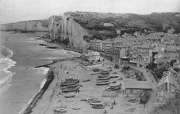 Yport (76) - La Plage Et Falaises D'amont - Yport