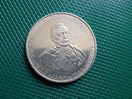 50 Escudos Marechal Carmona 1969.  Silver - Portugal