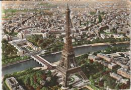 Paris : Vue Aérienne : La Tour Eiffel ( C.p.s.m. - Grand Format ) - Tour Eiffel