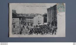 TENCE _ PLACE DE LA MAIRIE , UN DIMANCHE   ………………KY-1322 - France