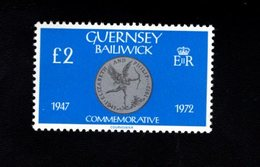 756668690 1980 1981  SCOTT 203 POSTFRIS  MINT NEVER HINGED EINWANDFREI  (XX) COIN QUEEN ELIZABETH II 25TH WEDDING ANNIV - Guernesey