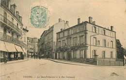 WW 2 Cpa 63 THIERS. Sous Préfecture Rue Nationale Et Usine Sur La Durolle - Thiers