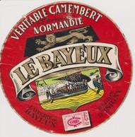 ETIQUETTE CAMEMBERT LE BAYEUX - Quesos