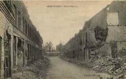 250419B - GUERRE MILITARIA BOMBARDEMENT - 59 ARMENTIERES Rue St Honoré - Armentieres