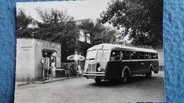 CPSM BUS CAR GROS PLAN GRAU D AGDE LA GARE DU TRAIN BLEU MESSAGERIES SNCF TOURNIQUET A CARTES POSTALES ED E T A P - Buses & Coaches
