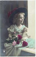 Fillette Avec Poupée - Mädchen M. Püppe - Child With Doll - Jeux Et Jouets